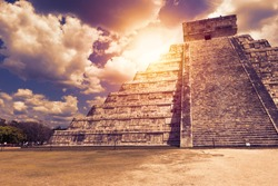 El Castillo (The Kukulkan Temple) of Chichen Itza, mayan pyramid in Yucatan, Mexico. It's  one of the new 7 wonders of the world