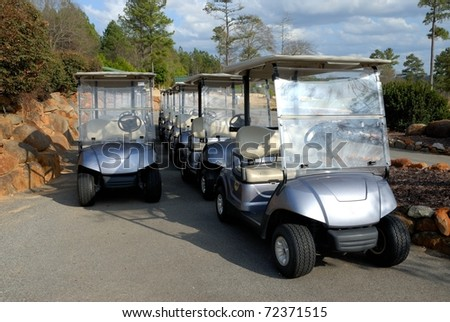 electric golf carts for rent at course in georgia usa