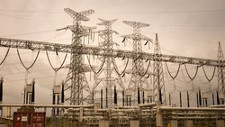 Electric transition high voltage and ampere of power plant.