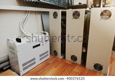 Electric voltage control stabilizer, ups