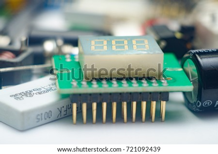 Electronic components (capacitors, resistors, diodes, transistors, potentiometer and chips)