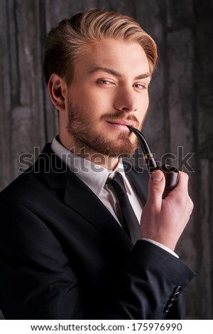 Congratulate, this young men smoking pipes
