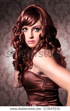 elegant lady with brown tinted hair / haircolors-15