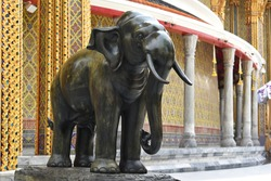Elephant sculpture in front of the gate of Wat Ratchabophit, The temple was built during the reign of King Chulalongkorn (Rama V).