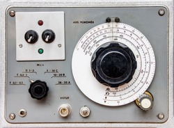 Eletronic device - old electrical measuring equipment for measuring waves