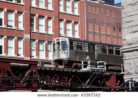 Elevated commuter train in Chicago. The El.  Chicago's public transportation system.