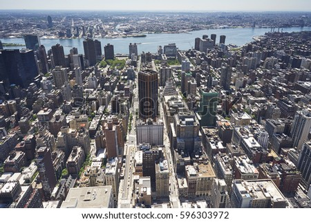 Elevated view of Mid town Manhattan and Brooklyn #596303972