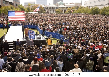 Elevated view of Presidential Candidate Barack Obama at early vote for change Presidential rally, October 29, 2008 at Halifax Mall, Government Complex in Raleigh, NC