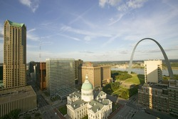 Elevated view of Saint Louis Historical Old Courthouse and Gateway Arch on Mississippi River, St. Louis, Missouri