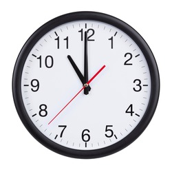 Eleven hours on a round clock face
