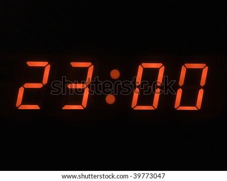eleven o clock pm