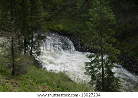 elk falls middle eastern singles Tennessee waterfalls  most of which are located in the eastern portion of the state,  they include falls creek falls, the highest single plunge east of the.