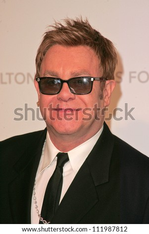 Elton John at the 2007 Elton John Aid Foundation Oscar Party, Pacific Design Center, West Hollywood, CA 02-25-07