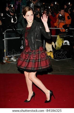 Emma Watson arriving for the 2011 GQ Awards, Royal Opera House, London. 06/09/2011  Picture by: Alexandra Glen / Featureflash