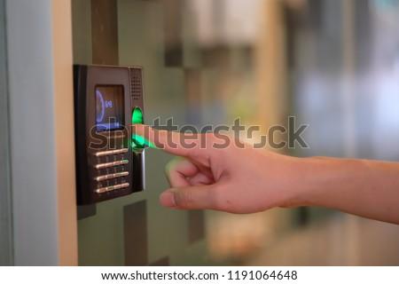 Employee Time Tracking Using Biometric Fingerprint Scanner.