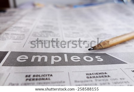 Employment section of a Spanish language newspaper                                Foto stock ©