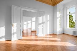 empty apartment - flat in german Gruenderzeit building