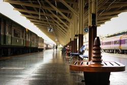 Empty chair in Bangkok Railway Station.(Hua Lampong)