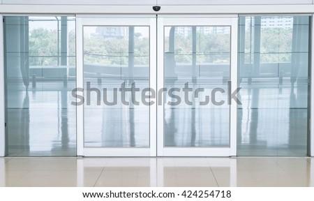 Shutterstock empty closed door