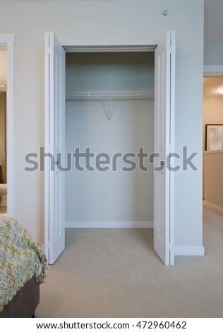 Merveilleux Empty Closet, Working Closet, Cupboard In Bedroom. Interior Design.