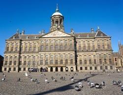 Empty Dam Square in Amsterdam due to the coronavirus