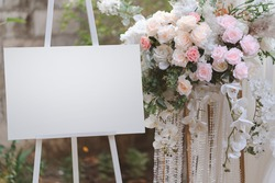 Empty figure display board on the stand for the wedding arch.