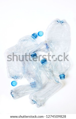 empty recycle plastic bottles before recycling
