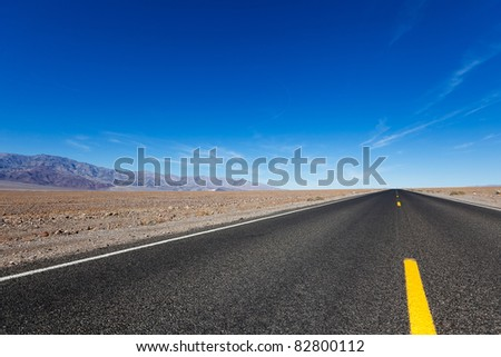 empty road in death valley national park
