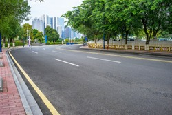 empty road scene