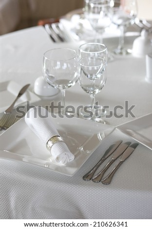 Empty table setting before dinner