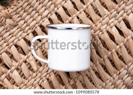 Enamel mock up tin camp white cup metal mug mockup with silver ring rim summer spring camping beach retro vintage drink style photo hiking