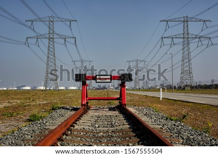 end of track block at traintrack in the harbor of Rotterdam Foto stock ©