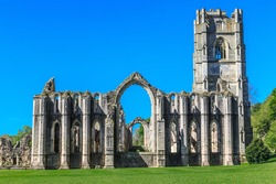 England, North Yorkshire, Ripon. Fountains Abbey, Studley Royal. UNESCO World Heritage Site. Cistercian Monastery. Ruins of Tower and Chapel of Altars.