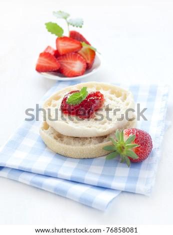 english muffins with fresh jam