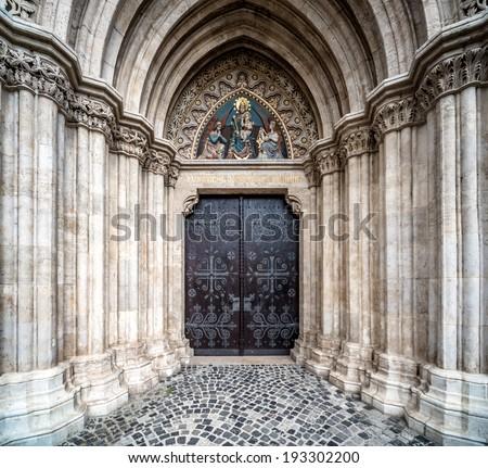 entrance to the matthias church....