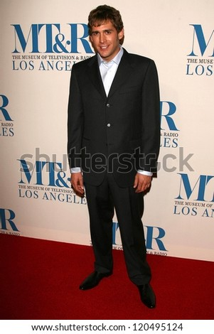 Eric Szmanda at The Museum of Television & Radio's Annual Los Angeles Gala. Regent Beverly Wilshire Hotel, Beverly Hills, CA. 10-30-06