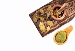 Erythroxylum coca - Coca leaves and flour