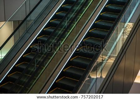 Escalator in department #757202017