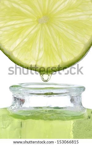 essential oil of lemon-Drop essential oil falls