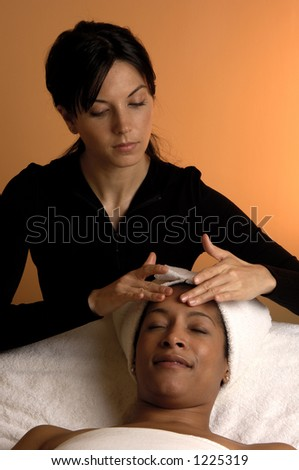 how to become an esthetician in texas
