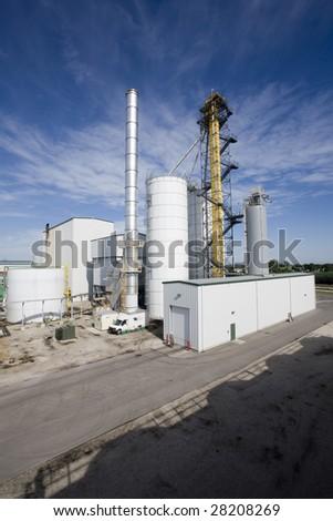Ethanol biomass refinery plant