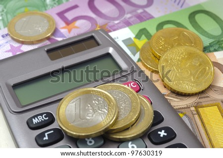 euro currency and financial calculator