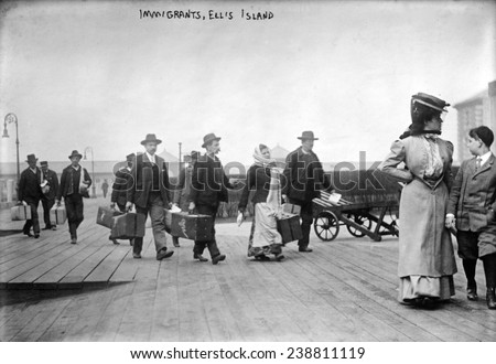 european immigrants arriving at ...