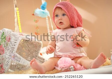 Little Kid Plays Eruption
