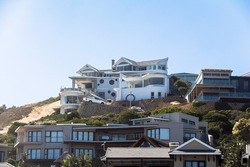 Expensive houses on the coast of Plettenberg Bay