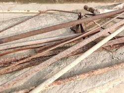 Extra Iron Rods - Scrap of Iron Pipes   Steel - Sariya