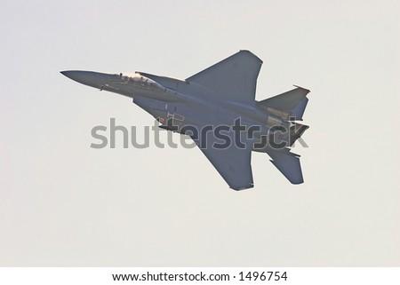 F15 E Strike Eagle Descending