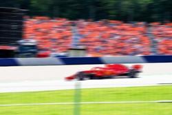 F1 Race car, pass very quickly, car sport, blurred background, racing picture, formula 1, ferrari f1, grand prix, dutch supporters, max verstappen