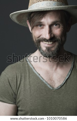 0d7bbf4bb4a Free photos Studio portrait of laughing old man