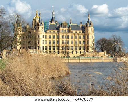 Fabulous Castle Schwerin in Spring